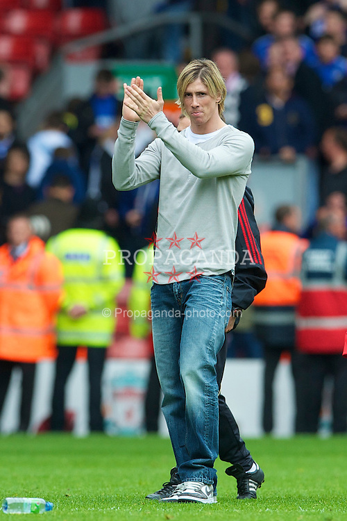 LIVERPOOL, ENGLAND - Sunday, May 2, 2010: Liverpool's Fernando Torres during the Lap of Honour, after the final Premiership match of the season at Anfield. (Photo by David Rawcliffe/Propaganda)