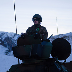 Exercice Cerces 2017 organisé à Valloire par la 27ème Brigade d'Infanterie de Montagne. Appui aérien de Rafale de l'Armée de l'Air et d'hélicoptère Gazelle de l'ALAT, tirs de VBL et d'AMX 10 RC du 4ème RCh ainsi que de la STE du 13ème BCA.