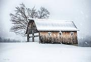 VT Barn in VT Snow
