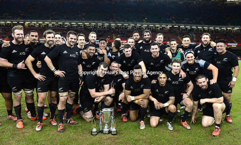 22.11.14 - Wales v New Zealand All Blacks - Dove Men Care -<br /> New Zealand players celebrate.<br /> &copy; Huw Evans Picture Agency