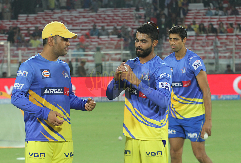 MS Dhoni captain of The Chennai Superkings (L) Ravindra Jadeja 2( L) and Ashish Nehra1(L) before 26 of the Pepsi Indian Premier League Season 2014 between the Delhi Daredevils and the Chennai Superkings held at the Ferozeshah Kotla cricket stadium, Delhi, India on the 5th May  2014<br /> <br /> Photo by Arjun Panwar / IPL / SPORTZPICS<br /> <br /> <br /> <br /> Image use subject to terms and conditions which can be found here:  http://sportzpics.photoshelter.com/gallery/Pepsi-IPL-Image-terms-and-conditions/G00004VW1IVJ.gB0/C0000TScjhBM6ikg