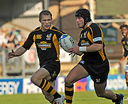 Wycombe, GREAT BRITAIN, left Josh LEWSEY and Danny CIPRIANI combine to attack attack, during the Heineken Cup [Pool 1]  Rugby Match,  London Wasps vs Castres Olympiqueplayed at Adams Park Stadium on Sun, 12.10.2008 [Photo, Peter Spurrier/Intersport-images]