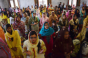 Mar 27, 2016 - Lahore, Pakistan - Pakistani Christians attend an Easter mass at a church in eastern Pakistan's Lahore, March 27, 2016. Christians around the world mark Easter, a Christian festival celebrating the resurrection of Jesus Christ on the third day of his crucifixion. (Credit Image: © Exclusivepix Media)