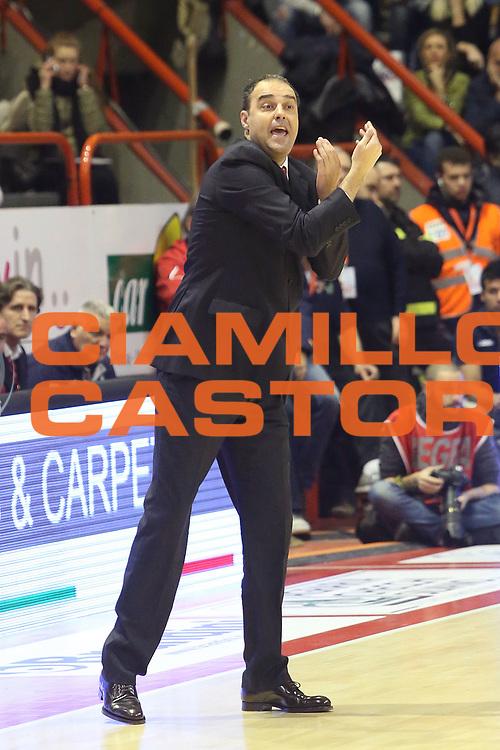 DESCRIZIONE : Campionato 2014/15 Giorgio Tesi Group Pistoia - Consultinvest Pesaro<br /> GIOCATORE : Moretti Paolo<br /> CATEGORIA : Allenatore coach<br /> SQUADRA : Giorgio Tesi Group Pistoia<br /> EVENTO : LegaBasket Serie A Beko 2014/2015<br /> GARA : Giorgio Tesi Group Pistoia - Consultinvest Pesaro<br /> DATA : 29/12/2014<br /> SPORT : Pallacanestro <br /> AUTORE : Agenzia Ciamillo-Castoria / Stefano D'Errico<br /> Galleria : LegaBasket Serie A Beko 2014/2015<br /> Fotonotizia : Campionato 2014/15 Giorgio Tesi Group Pistoia - Consultinvest Pesaro<br /> Predefinita :