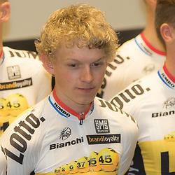 08-01-2016: Wielrennen: Presentatie Lotto Jumbo: Den Bosch<br />'s-HERTOGENBOSCH (NED) wielrennen<br />Team Lotto-Jumbo werd gepresenteerd op het HQ van Brand Loyalty<br />Koen BOuwman (Ulft)