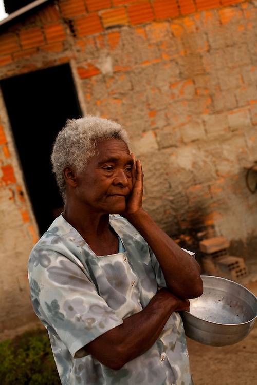 Inhauma_MG, Brasil...Retrato de uma senhora moradora da cidade de Inhauma...Portrait of a elderly woman, She lives in Inhauma...Foto: LEO DRUMOND / NITRO