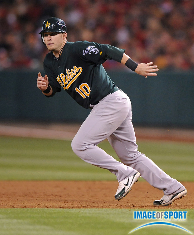 Apr 30, 2007; Anaheim, CA, USA;  Oakland Athletics first baseman Daric Barton (10) runs toward second base during 6-1 loss to the Los Angeles Angels at Angel Stadium. Mandatory Credit: Kirby Lee/Image of Sport-US PRESSWIRE