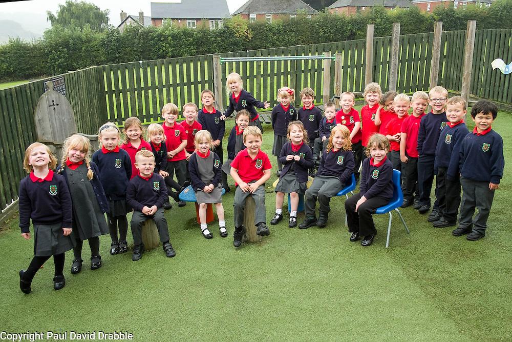 Reception Class FS2 Loxley Primary School<br />  Image &copy; Paul David Drabb<br />  www.pauldaviddrabble.co.uk