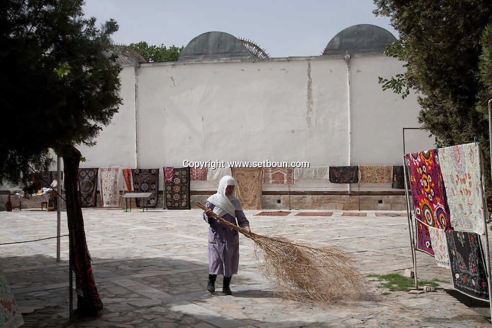 summer palace of the Emir  Boukhara  Ouzbekistan  .///.palais d ete de l emir  Boukara  Ouzbekistan .///.OUZB56279