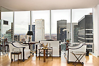 Sitting Area at 641 Fifth Avenue