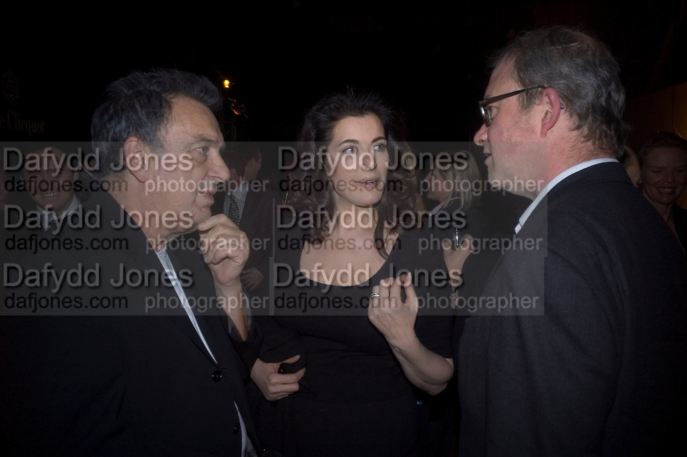 STEPHEN FREARS, NIGELLA LAWSON AND HARRY ENFIELD, Figures of Speech ICA Fundraising Gala dinner. Lawrence Hall, Victoria. London. 27 February 2008 *** Local Caption *** -DO NOT ARCHIVE-© Copyright Photograph by Dafydd Jones. 248 Clapham Rd. London SW9 0PZ. Tel 0207 820 0771. www.dafjones.com.