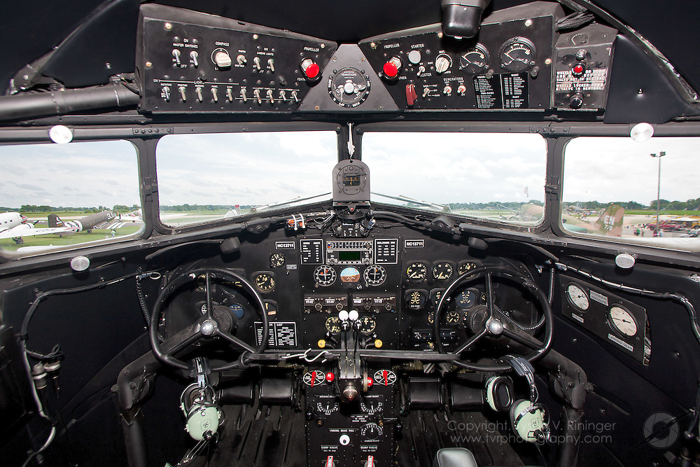 A view of the instrument panel inside a DC-2 in TWA livery, N1943D.
