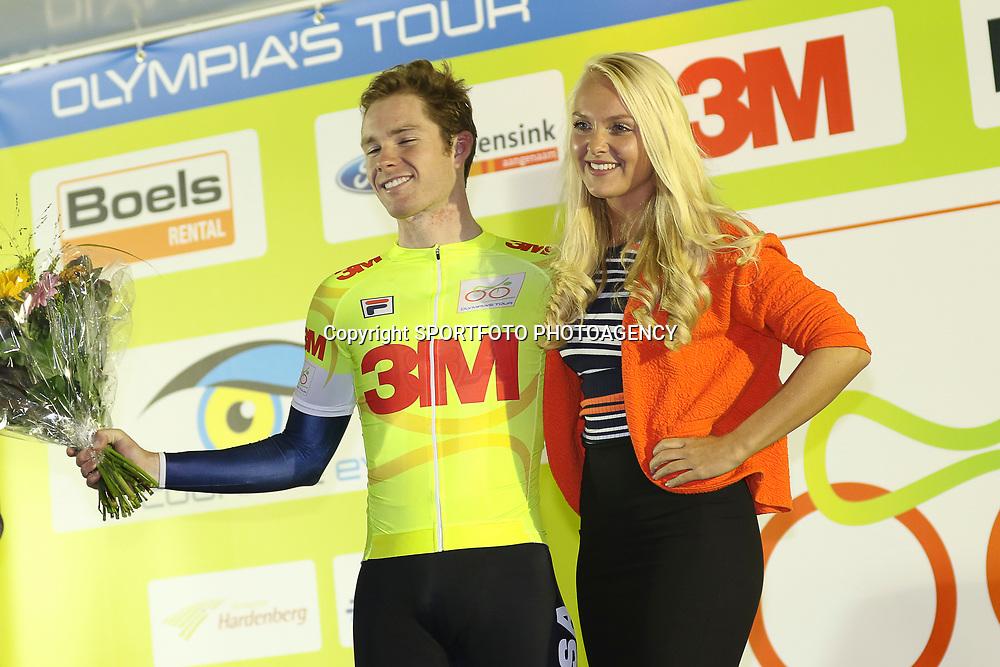 27-09-2016: Wielrennen: Olympia Tour: Hardenberg <br /> HARDENBERG (NED) wielrennen <br /> Nederlands oudste wielerkoers ging van start in Hardenberg met een ploegentijdrit.