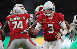 LONDON, ENGLAND - OCTOBER 22: Arizona Cardinals quarterback Carson Palmer (3) during the NFL match between the Arizona Cardinals and the Los Angeles Rams at Twickenham Stadium on October 22, 2017 in London, United Kingdom. (Photo by Mitchell Gunn/ESPA-Images)