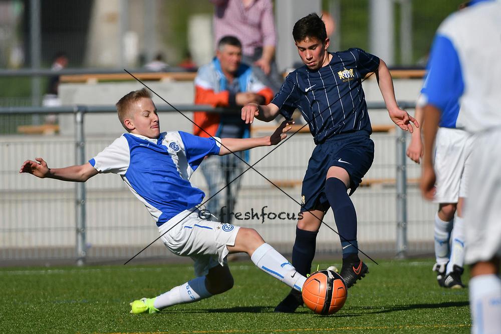 08.04.17; Zuerich; Fussball FCZ Academy - Grasshopper Club - Zuerich FE14 Oberland; <br /> Lorenzet Joe (GC) Lanciano Davide (Zuerich)  <br /> (Andy Mueller/freshfocus)