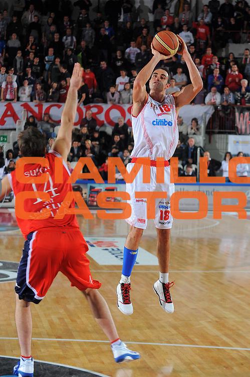 DESCRIZIONE : Varese Lega A 2010-11 Cimberio Varese Angelico Biella<br /> GIOCATORE : Diego Fajardo<br /> SQUADRA : Cimberio Varese<br /> EVENTO : Campionato Lega A 2010-2011<br /> GARA : Cimberio Varese Angelico Biella<br /> DATA : 02/01/2010<br /> CATEGORIA : Tiro<br /> SPORT : Pallacanestro<br /> AUTORE : Agenzia Ciamillo-Castoria/A.Dealberto<br /> Galleria : Lega Basket A 2010-2011<br /> Fotonotizia : Varese Lega A 2010-11Cimberio Varese Angelico Biella<br /> Predefinita :