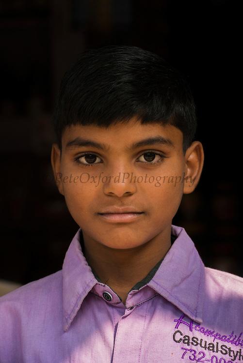 Indian man<br /> Bharatpur<br /> Rajasthan, IndiaIndian woman<br /> Bharatpur<br /> Rajasthan, India