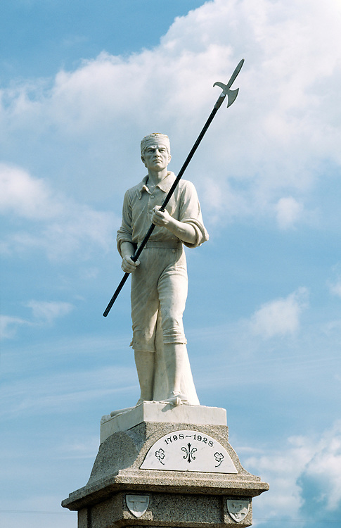 "Statue of Irish pikeman at Ballinamuck, one of the ""Croppy Boys"" allied with French incursion defeated by English in 1798 Rising"