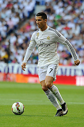 09.05.2015, Estadio Santiago Bernabeu, Madrid, ESP, Primera Division, Real Madrid vs FC Valencia, 36. Runde, im Bild Real Madrid&acute;s Cristiano Ronaldo // during the Spanish Primera Division 36th round match between Real Madrid CF and Valencia FC at the Estadio Santiago Bernabeu in Madrid, Spain on 2015/05/09. EXPA Pictures &copy; 2015, PhotoCredit: EXPA/ Alterphotos/ Luis Fernandez<br /> <br /> *****ATTENTION - OUT of ESP, SUI*****