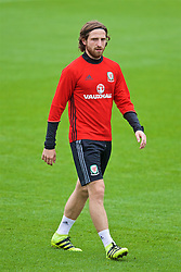 CARDIFF, WALES - Friday, September 2, 2016: Wales' Joe Allen during a training session at the Vale Resort ahead of the 2018 FIFA World Cup Qualifying Group D match against Moldova. (Pic by David Rawcliffe/Propaganda)