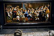 Rijksmuseum Amsterdam / National Museum Amsterdam-<br /> Titel/Title: Schuttersmaaltijd in de Voetboogdoelen te Amsterdam ter ere van de Vrede van Munster, 18 juni 1648-<br /> Jaartal/Year:ca. 1649-<br /> Kunstenaar/Year:Bartholomeus van der Helst -<br /> Techniek:Olieverf op doek-<br /> Afmetingen/size:232 x 547 cm