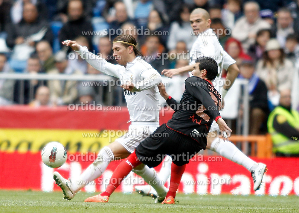 29.04.2012, Santiago Bernabeu Stadion, Madrid, ESP, Primera Division, Real Madrid vs FC Sevilla, 36. Spieltag, im Bild Real Madrid's Sergio Ramos against Sevilla's Jose Antonio Reyes the football match of spanish 'primera divison' league, 36th round, between Real Madrid and FC Sevilla at Santiago Bernabeu stadium, Madrid, Spain on 2012/04/29. EXPA Pictures © 2012, PhotoCredit: EXPA/ Alterphotos/ Alvaro Hernandez..***** ATTENTION - OUT OF ESP and SUI *****