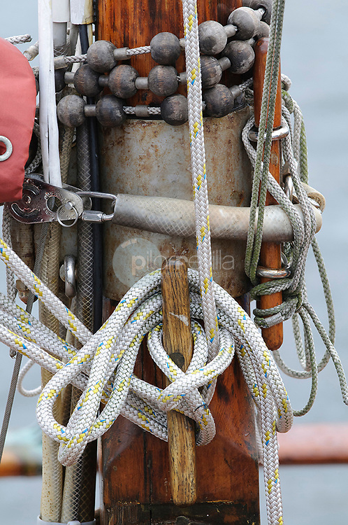 Detalle mastil y cuerda © / PILAR REVILLA