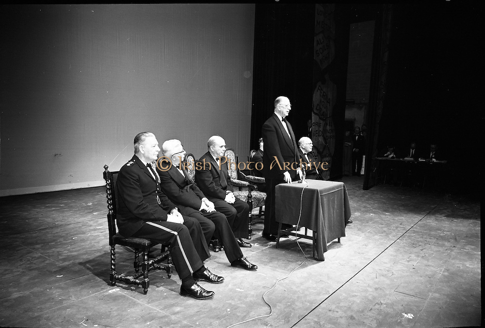 Opening of the new Abbey Theatre, designed by Michael Scott. President Eamon de Valera opens the new Abbey..18.07.1966