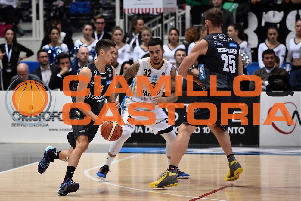 Flaccadori Diego<br /> Dolomiti Energia Trento - Vanoli Cremona<br /> Lega Basket Serie A 2016/2017<br /> Trento 09/10/2016<br /> Foto Ciamillo-Castoria