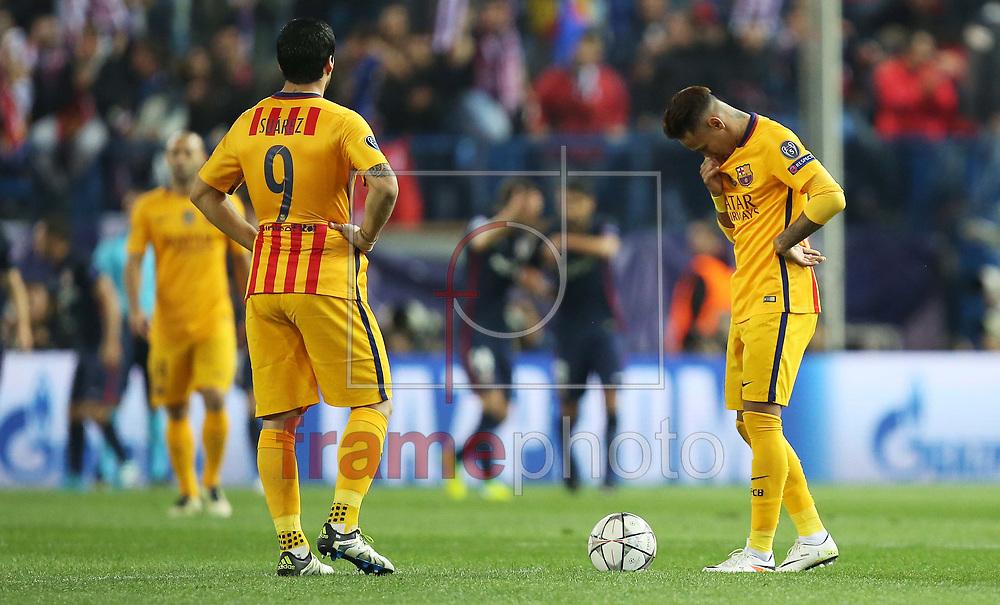 *BRAZIL ONLY* ATENÇÃO EDITOR, FOTO EMBARGADA PARA VEÍCULOS INTERNACIONAIS * Jogadores do Barcelona durante partida entre Atlético de Madrid e Barcelona, válida pela Liga dos Campeoes da UEFA. O jogo foi disputado no estádio Vicente Calderon, em Madri, na quarta-feira (14). Foto: DPPI/FramePhoto