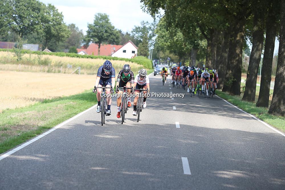 30-08-2018: Wielrennen: Ladies Tour: Gennep<br />Kopgroep met Kroger, Yonamine en Esther van Veen