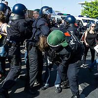 07 Merkel muss Weg Demonstration und Gegenproteste