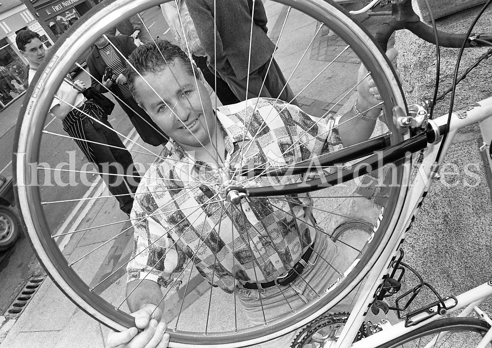 Portrait of former professional cyclist Stephen Roche, 05/06/1997 (Part of the Independent Newspapers Ireland/NLI Collection).