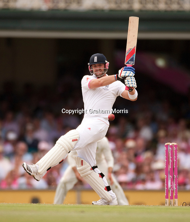 Matt Prior bats during the fifth and final Ashes test match between Australia and England at the SCG in Sydney, Australia. Photo: Graham Morris (Tel: +44(0)20 8969 4192 Email: sales@cricketpix.com) 05/01/11