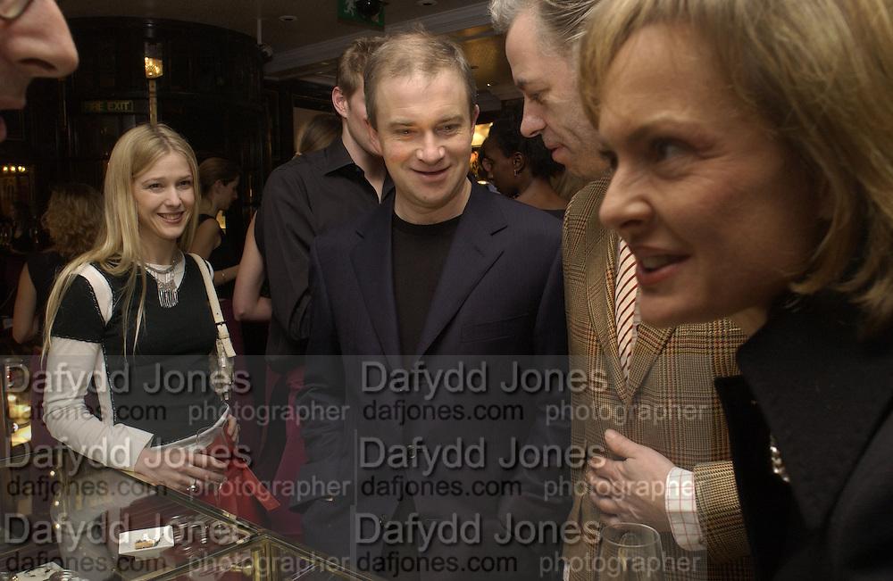 Mrs. Harry Enfield, Bob Geldof and Maya de Schonburg. Charity sale of the last ever sale at Asprey and Garrard. New Bond St. London. 15/1/02© Copyright Photograph by Dafydd Jones 66 Stockwell Park Rd. London SW9 0DA Tel 020 7733 0108 www.dafjones.com