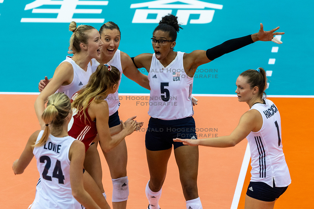 14-10-2018 JPN: World Championship Volleyball Women day 15, Nagoya<br /> China - United States of America 3-2 / Jordan Larson #10 of USA, Rachael Adams #5 of USA, Micha Hancock #1 of USA