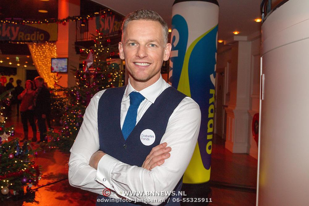 NLD/Hilversum/20151207- Sky Radio's Christmas Tree for Charity, Barry Atsma