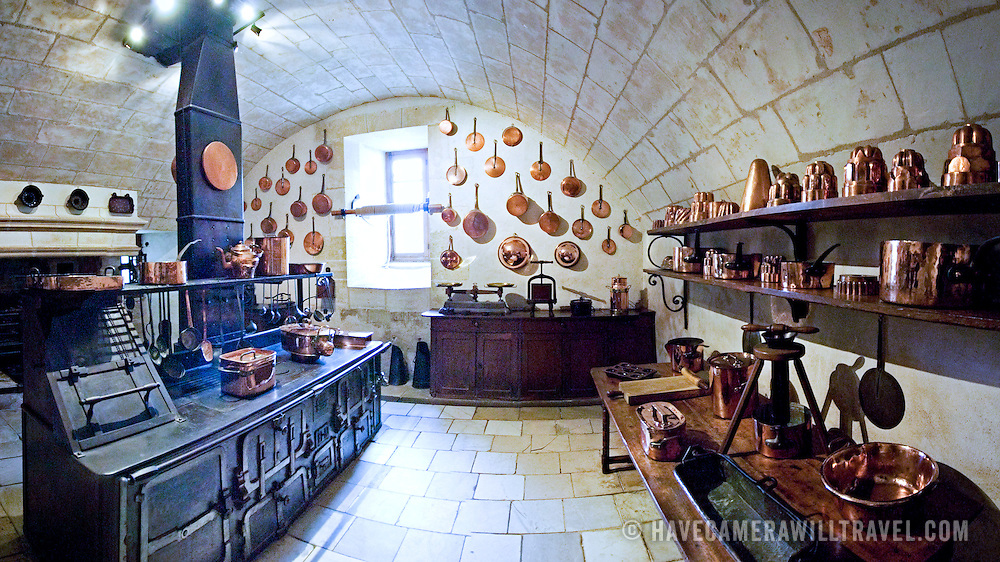 Panorama of interior of Kitchen of Chateau de Chenonceau | Have ...
