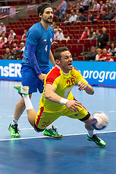 10.04.2016, Ergo Arena, Gdansk, POL, IHF Herren, Olympia Qualifikation, Chile vs Mazedonien, im Bild Erwin Feuchtmann, Goce Ojleski // during the IHF men's Olympic Games handball qualifier between Chile and Macedonia at the Ergo Arena in Gdansk, Poland on 2016/04/10. EXPA Pictures © 2016, PhotoCredit: EXPA/ Newspix/ Tomasz Zasinski<br /> <br /> *****ATTENTION - for AUT, SLO, CRO, SRB, BIH, MAZ, TUR, SUI, SWE only*****