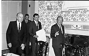 Dissolution Of The 25th Dáil.  (S4)..1989..25.05.1989..05.25.1989..25th May 1989..At the request of An Taoiseach,Mr Charles Haughey TD, President Patrick Hillery agreed to sign the order for the dissolution of the 25th Dáil. Fianna Fáil the outgoing government held the majority at 81 seats. This signing formally began the general election campaign for the 26th Dáil...Image shows President Patrick Hillery and An Taoiseach, Charles Haughey TD taking their places to sign the order to dissolve the 25th Dáil.