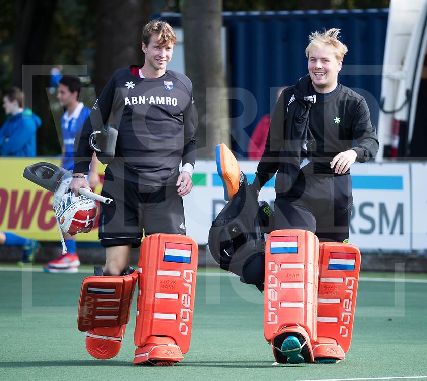 UTRECHT - keeper Feiko Keilholz (Bldaal) en keeper Jaap Stockmann (Bldaal)  voor   de hockey hoofdklasse competitiewedstrijd heren:  Kampong-Bloemendaal (3-3).    COPYRIGHT KOEN SUYK