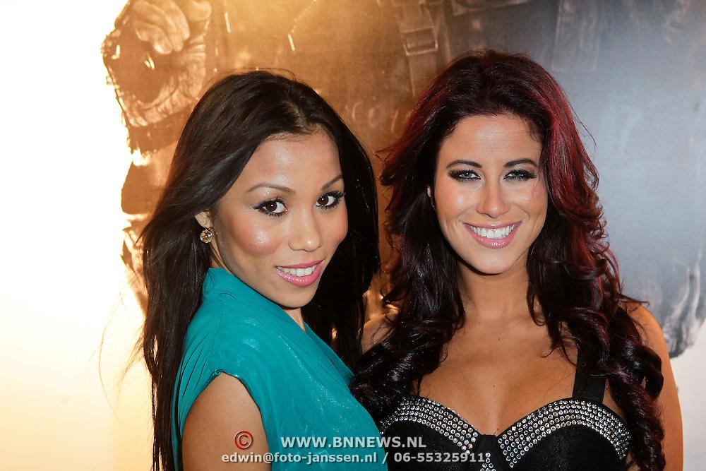 NLD/Amsterdam/20111107- Lancering Call of Duty MW3, Melissa Sneekes en vriendin Rosanna Hoo