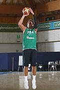 DESCRIZIONE : Bormio Raduno Collegiale Nazionale Italiana Maschile Allenamento<br /> GIOCATORE : Marco Belinelli<br /> SQUADRA : Nazionale Italia Uomini <br /> EVENTO : Raduno Collegiale Nazionale Italiana Maschile <br /> GARA : <br /> DATA : 13/07/2009 <br /> CATEGORIA : tiro<br /> SPORT : Pallacanestro <br /> AUTORE : Agenzia Ciamillo-Castoria/G.Ciamillo
