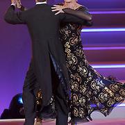NLD/Hilversum/20120901 - 2de liveshow AVRO Strictly Come Dancing 2012, Ria Valk en danspartner