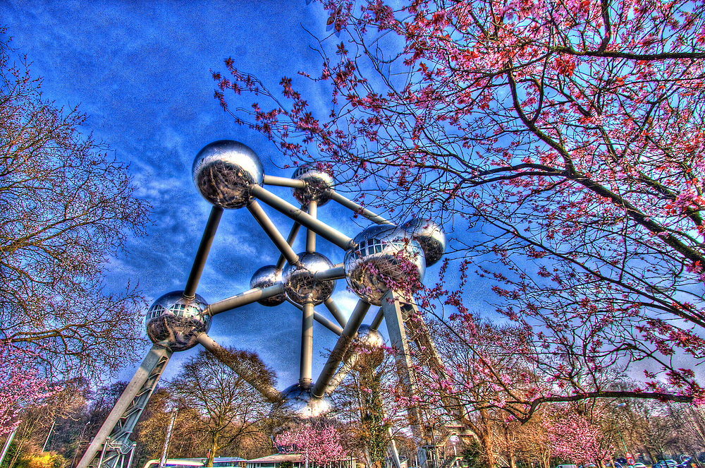 Cherry Blossoms welcome the spring next to a Brussels icon, the Atomium - HDR version