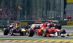 11.09.2011, Autodromo Nationale, Monza, ITA, F1, Grosser Preis von Italien, Monza, im Bild Fernando Alonso (ESP), Scuderia Ferrari, vor Sebastian Vettel (GER), Red Bull Racing-Renault , Lewis Hamilton (GBR), McLaren-Mercedes, Michael Schumacher (GER), Mercedes GP Petronas F1 Team, Jenson Button (GBR), McLaren-Mercedes und Felipe Massa (BRA), Scuderia Ferrari // during the Formula One Championships 2011 Italian Grand Prix held at the Autodromo Nationale, Monza, near Milano, Italy, 2011-09-11, EXPA Pictures © 2011, PhotoCredit: EXPA/ J. Feichter