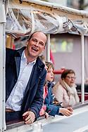 5-5-2017 diederick Samsom met zijn kinderen tijdens het bevrijdingsconcert AMSTERDAM - King Willem-Alexander, Queen Maxima and Prime Minister Rutte will attend the 5th May concert in Amsterdam on the occasion of the closing of the National Celebration Liberation. The concert takes place traditionally on and around the Amstel for Royal Theater Carr&eacute;. COPYRIGHT ROBIN UTRECHT<br /> <br /> 5-5-2017 AMSTERDAM - burgemeester Eberhard van der laan Koning Willem-Alexander, Koningin Maxima en minister-president Rutte wonen 's avonds in Amsterdam het 5 mei-concert bij ter gelegenheid van de afsluiting van de Nationale Viering Bevrijding. Het concert vindt traditiegetrouw plaats op en rond de Amstel voor Koninklijk Theater Carr&eacute;. COPYRIGHT ROBIN UTRECHT