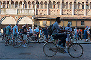 Ferrara: portici della Cattedrale.
