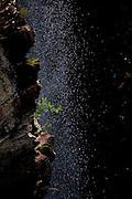 Alto Paraiso de Goias_GO, Brasil...Detalhe da cachoeira no Parque Nacional da Chapada dos Veadeiros...Detail of a waterfall in the Chapada dos Veadeiros National Park...Foto: JOAO MARCOS ROSA /  NITRO..