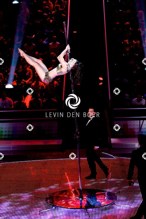 AALSMEER - In Studio Alsmeer is de liveshow van Everybody Dance Now. Met op de foto Yvonne Smink. FOTO LEVIN DEN BOER - PERSFOTO.NU